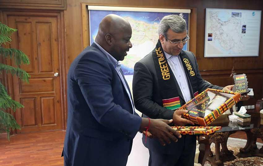 توسعه تجارت و گردشگری کیش و غنا