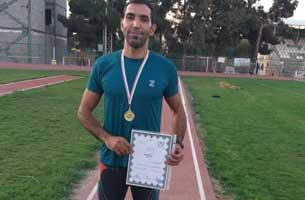 قهرمانی دونده پیشکسوت کیش در مسابقات دو و میدانی کشور