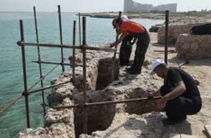 مرمت چاه های دستکند شهر تاریخی حریره کیش