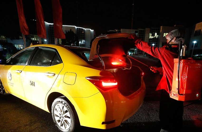 ضدعفونی ناوگان حمل و نقل شهری در کیش